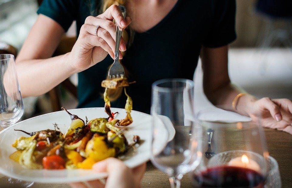 ¿Por qué crear una página web para tu restaurante en Canarias?